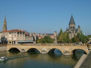 800px-Metz_Pont_Moyen